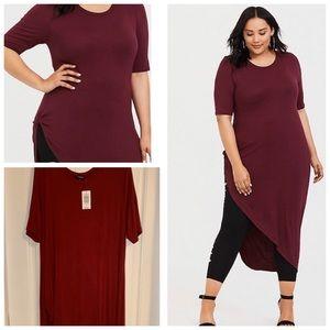 🤩NWT burgundy asymmetrical tunic